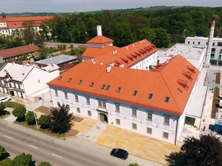 Pivovar se stal dominantou centra Holešova